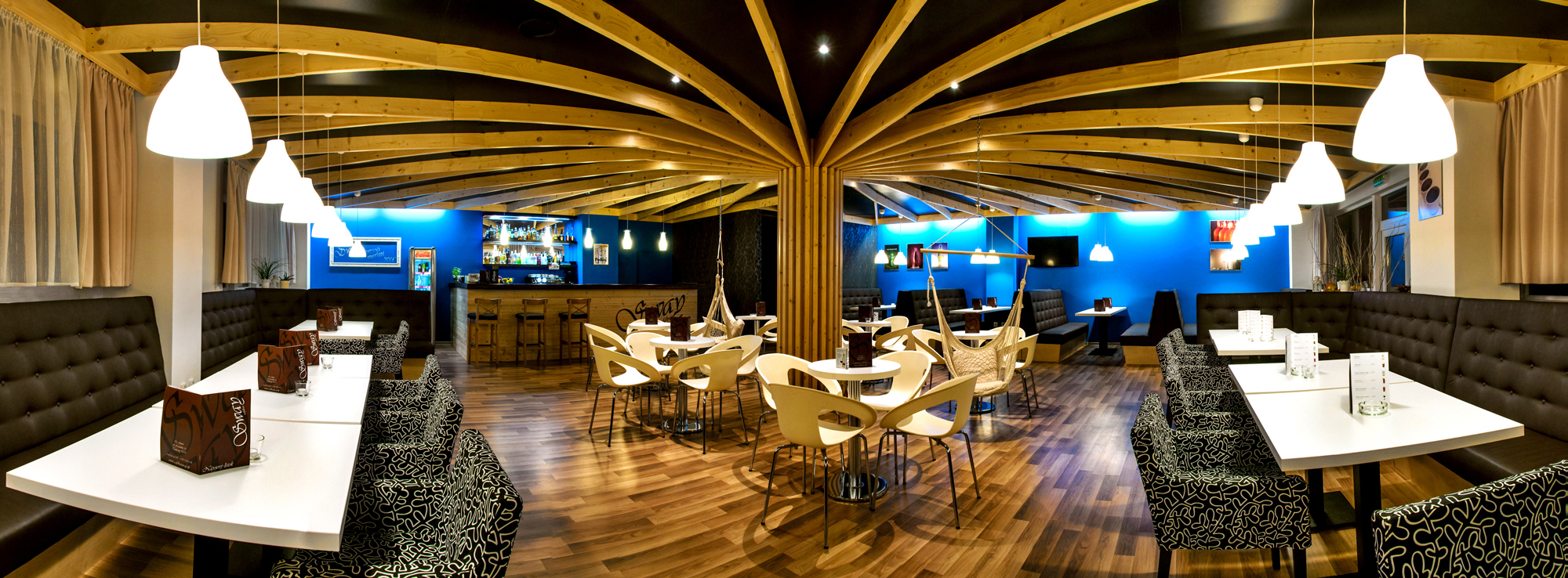 Rekonštrukcia barovej časti v CAFE BAR SWAY